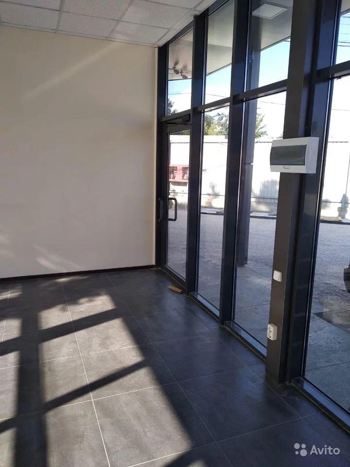 Торговое помещение, 28 м²